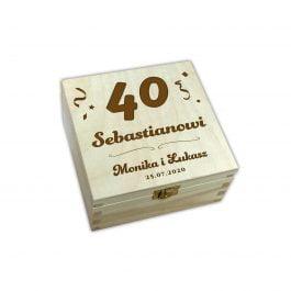 Herbaciarka z grawerem – urodziny 4 MD009